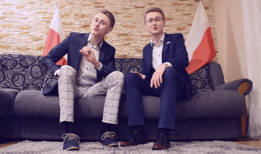 """Bliźniacy z SuperTWiNS w piosence """"DUDA na plus"""""""